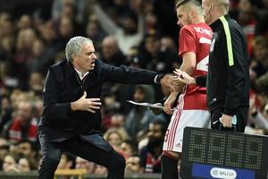José Mourinho ziet het niet echt zitten in Morgan Schneiderlin. © AFP